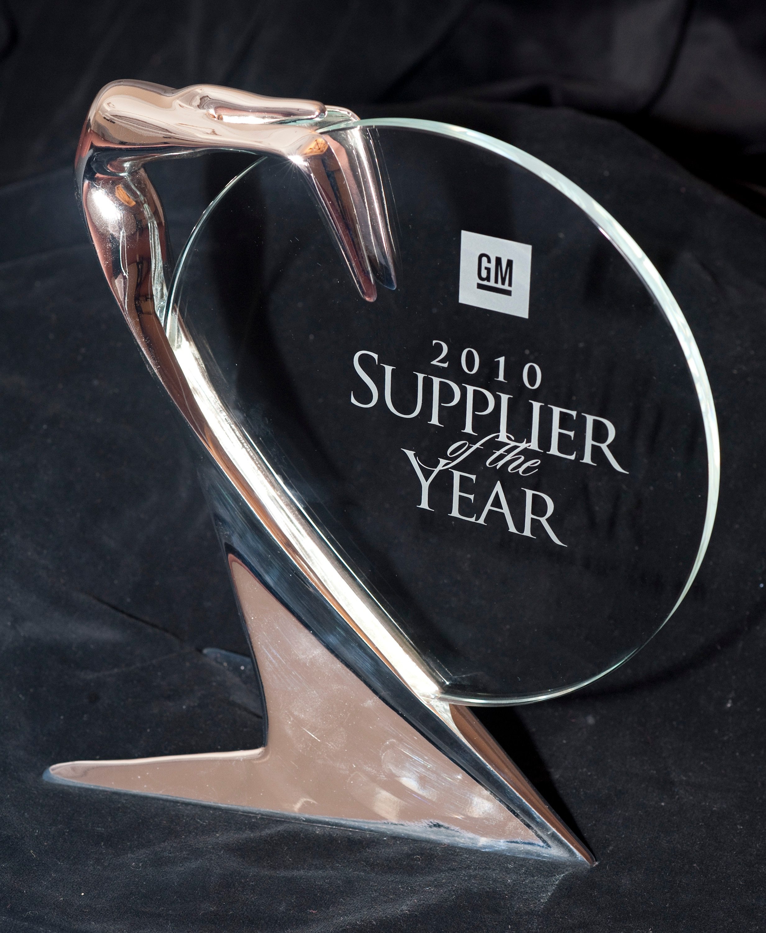 general motors recognized 82 of its best global automotive suppliers