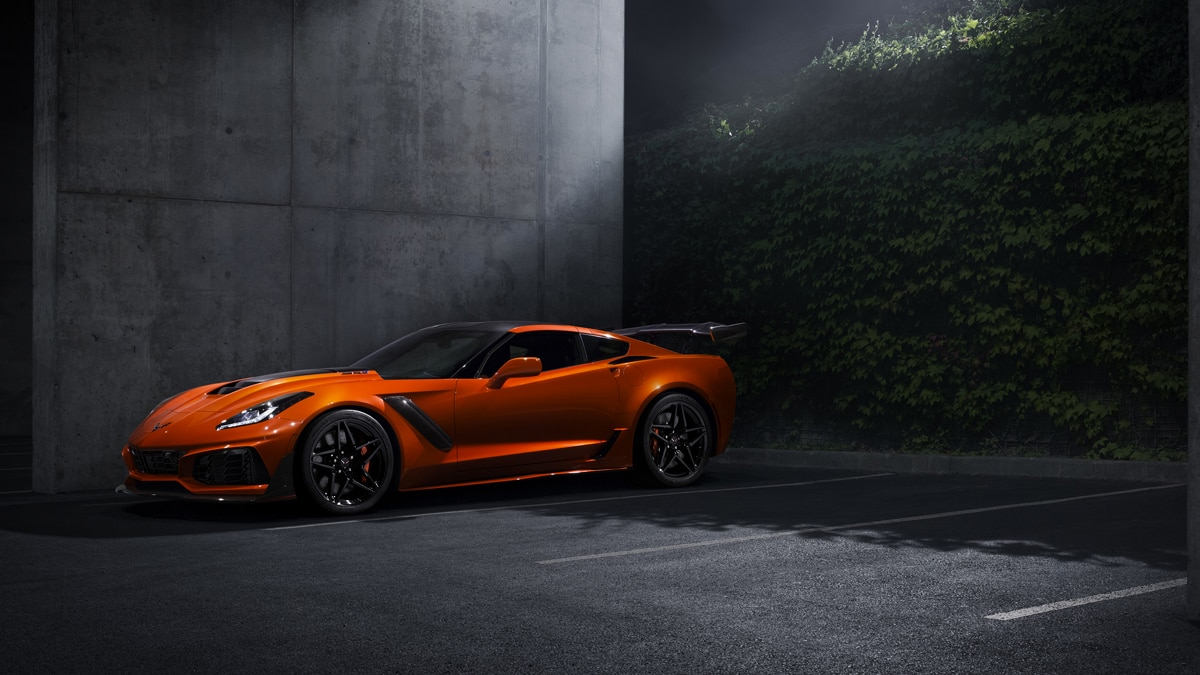 Beau 2019 Chevrolet Corvette ZR1 002 Top