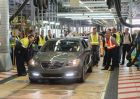 VF Commodore begins regular production - Calais V first down the line