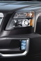 2016 GMC Terrain Denali headlamp_LED daytime running lamp