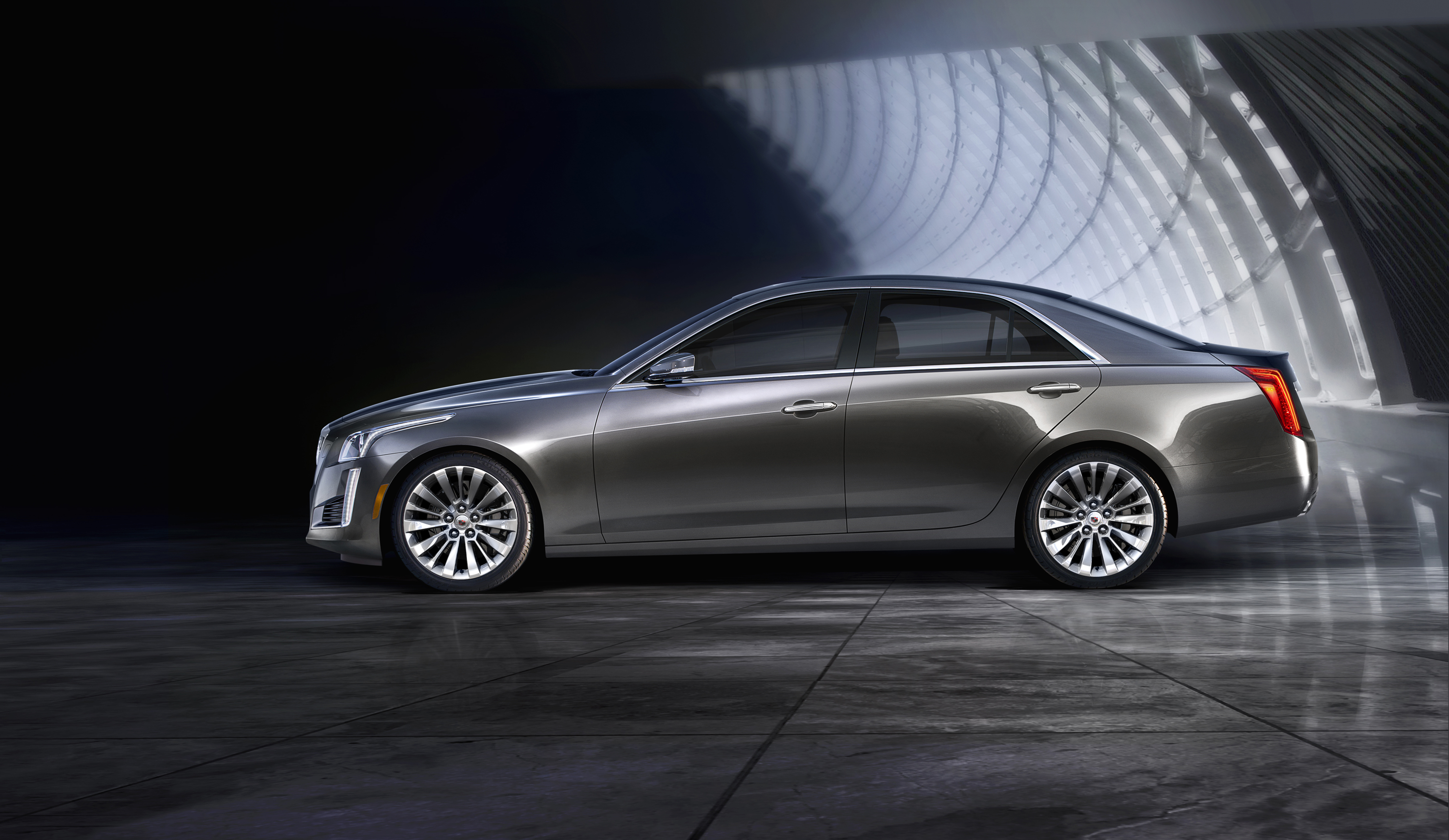 2014-Cadillac-CTS-Elevates-to-Challenge-Worlds-Best