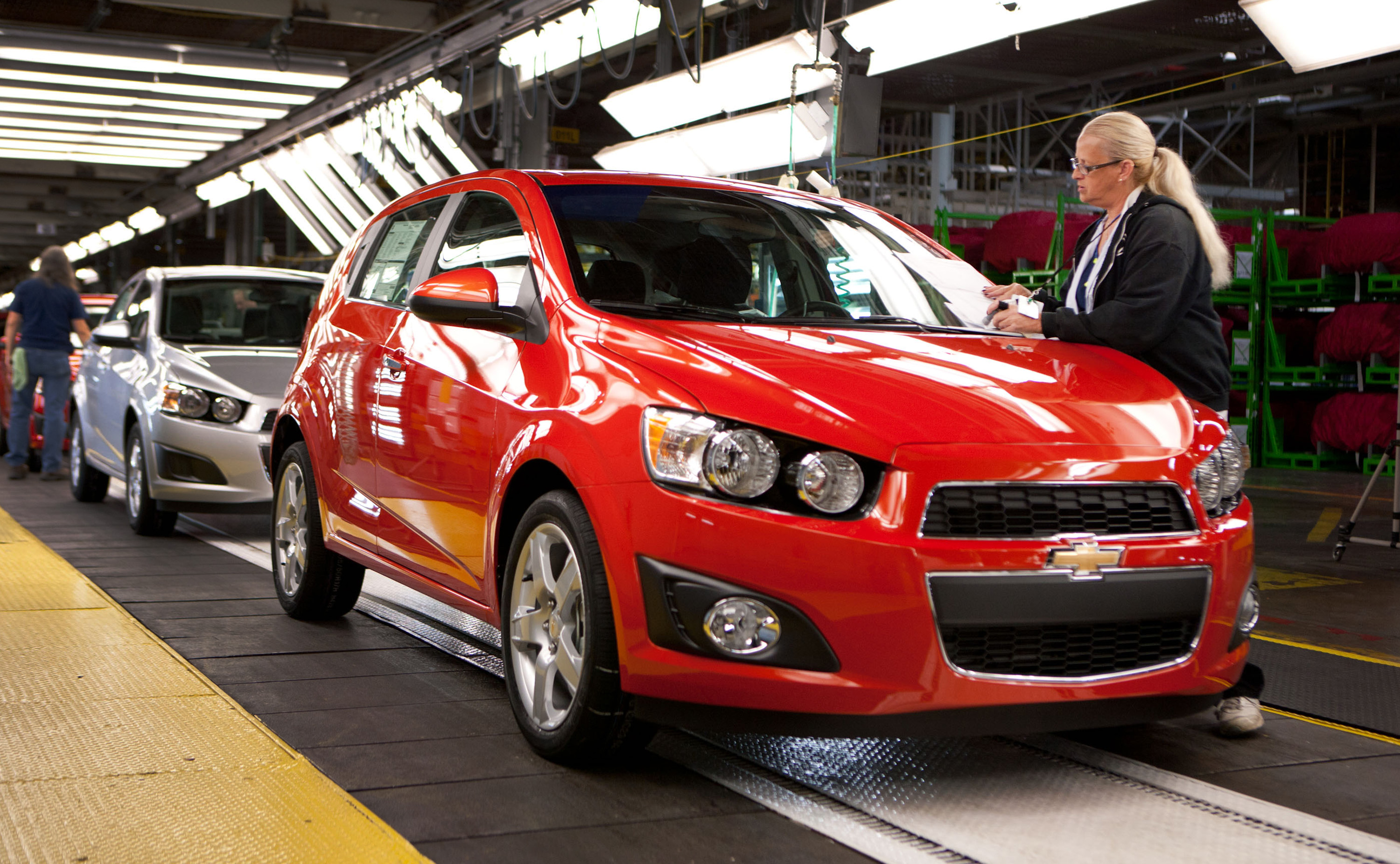 2012 Chevy Sonic with 1 4L Turbo Hits 40 MPG on Highway