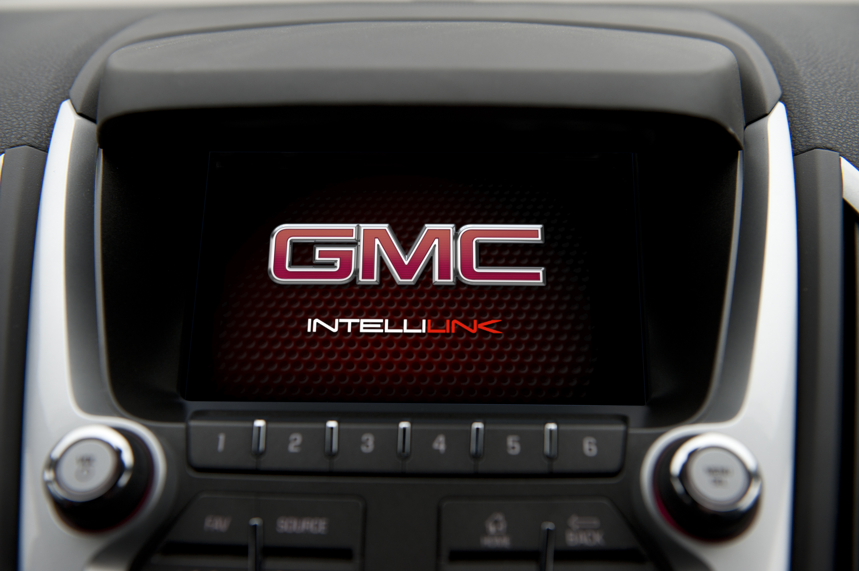 gmc intellilink helps drivers get connected rh media gm com 2012 GMC Terrain Engine 2015 gmc terrain navigation manual