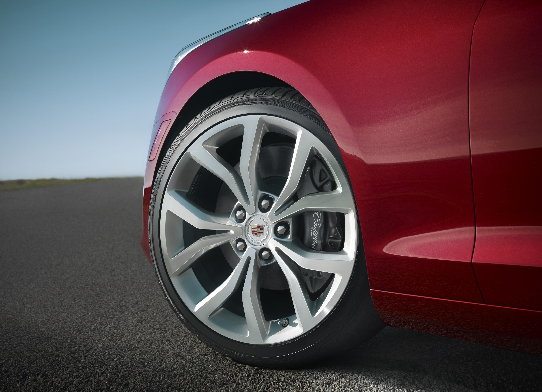Cadillac ATS Performance Tech Aids Safety, Comfort