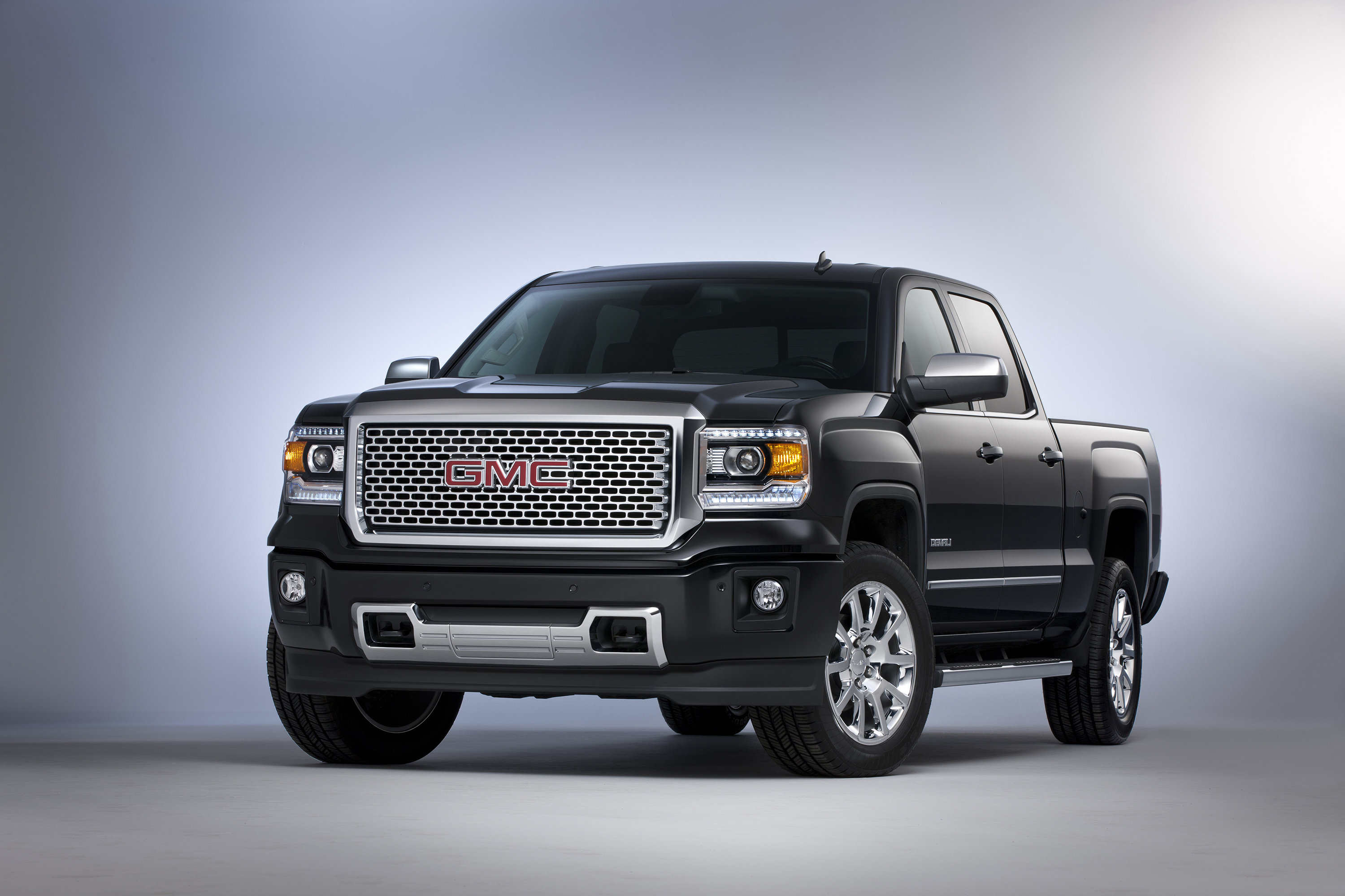 2015 Gmc Sierra Light Duty Enhanced With Greater Connectivity All New Eight Speed Automatic Transmission