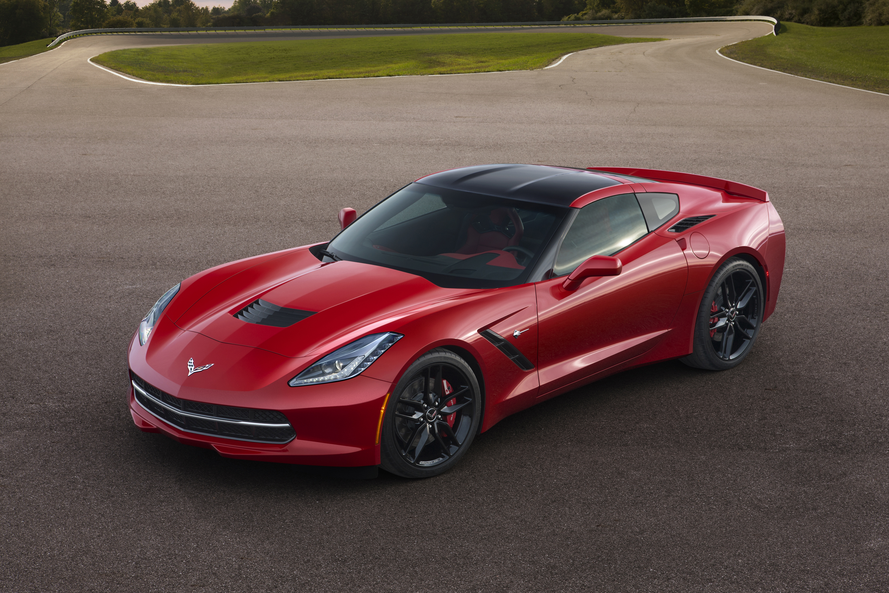 Watch This C7 Corvette Break The 200-MPH Barrier