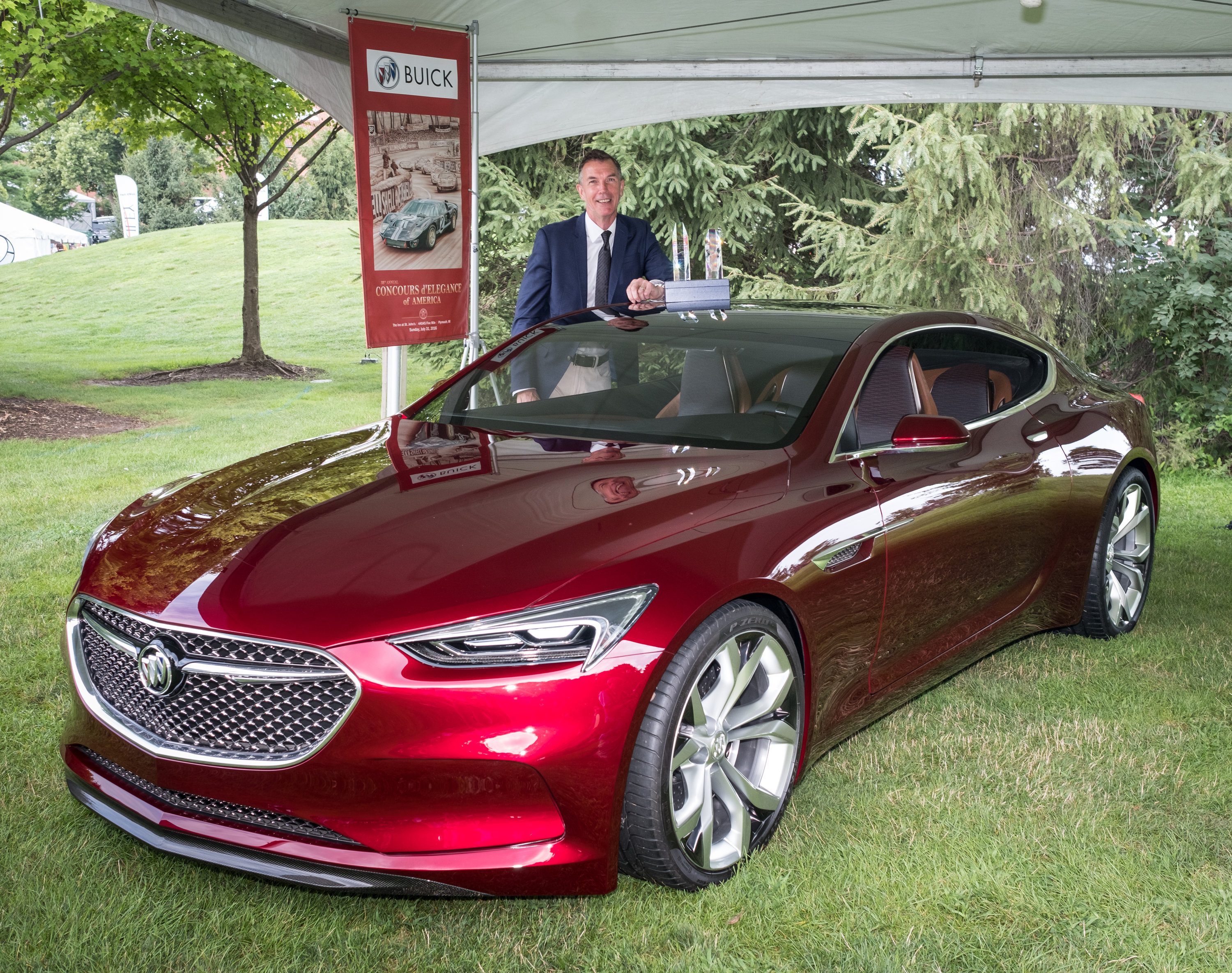 Buick Avista Named Concept Car Of The Year And Most Significant Concept Of  2016