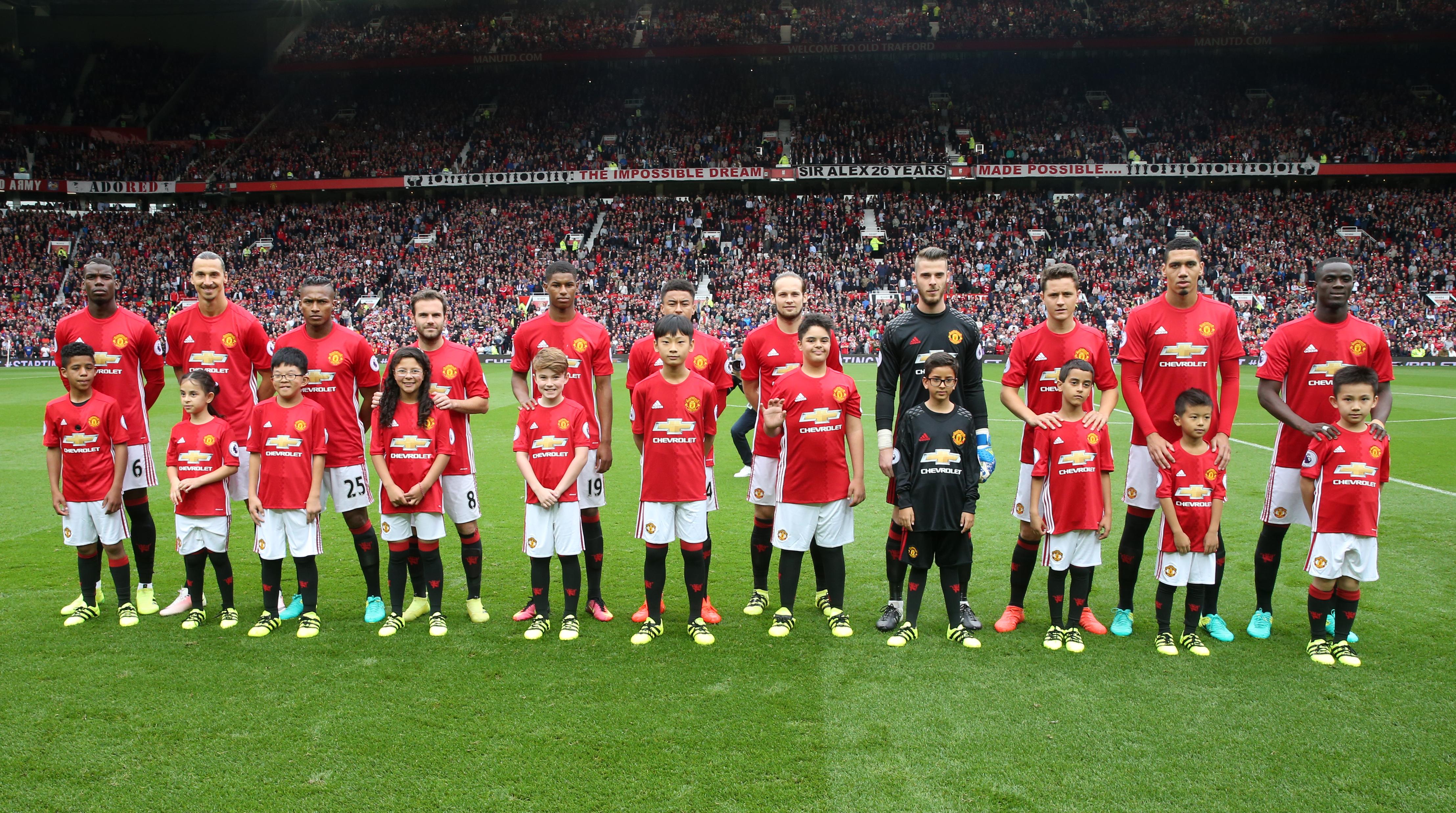 Hilo del Manchester United Chevrolet-Manchester-United-Mascots-01