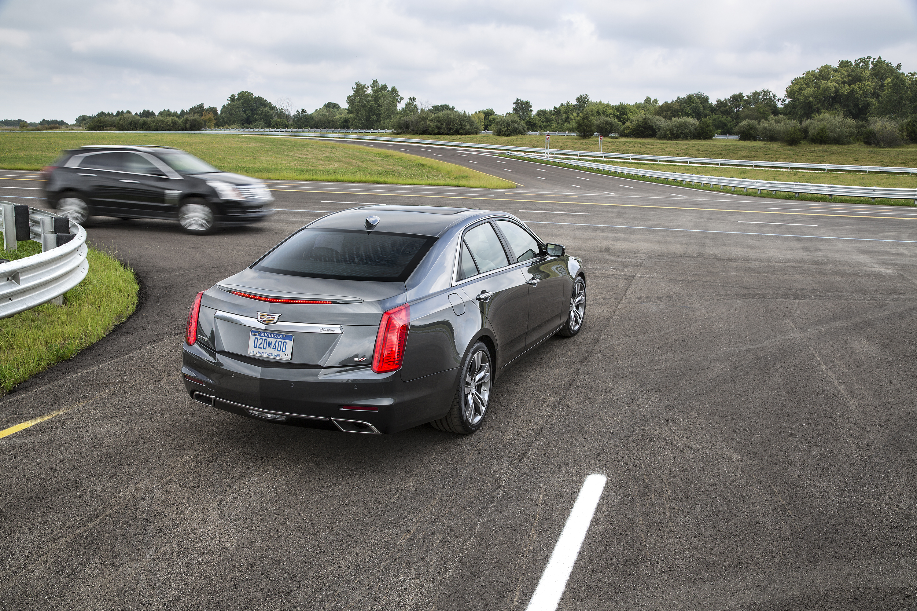 Cadillac'-s New Sedan Can Talk to Other Cars | WIRED