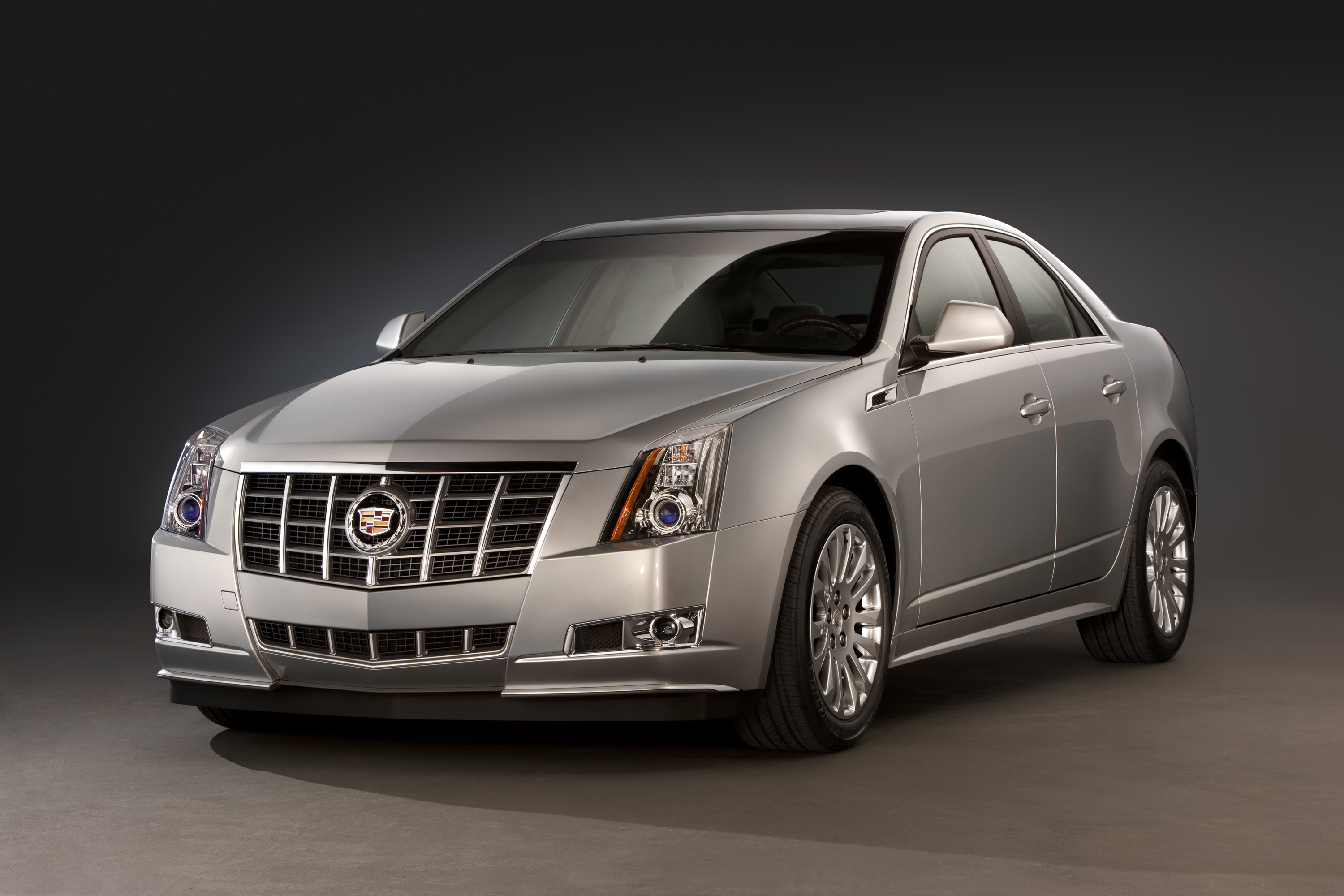 2013 Cadillac CTSsedan 019 gm announces five safety recalls  at cos-gaming.co