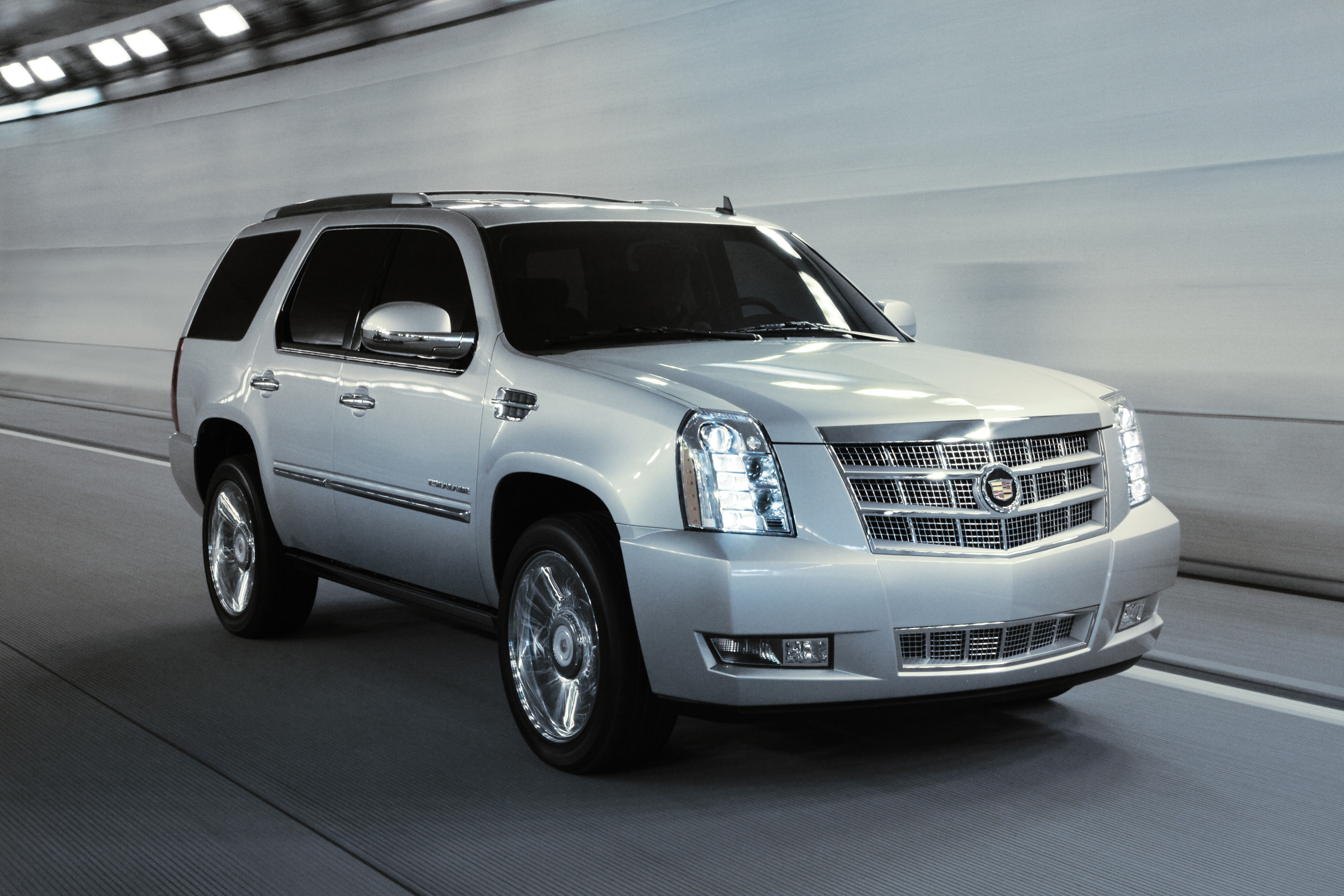 vehicles en family escalade interior platinum cadillac media us