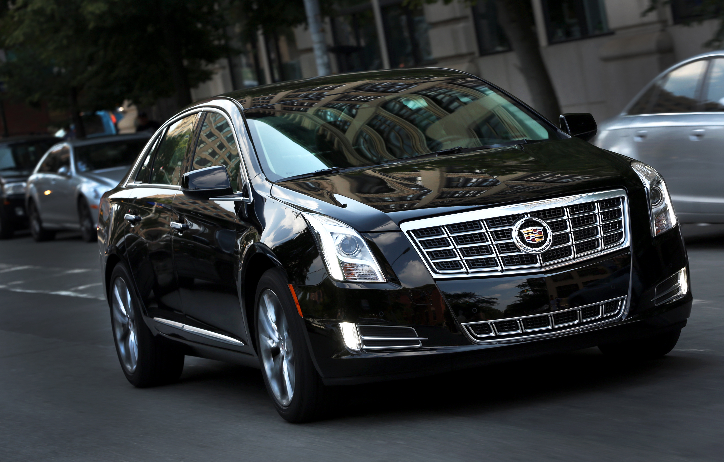 Cadillac Xts Brings Its Best To Livery Industry