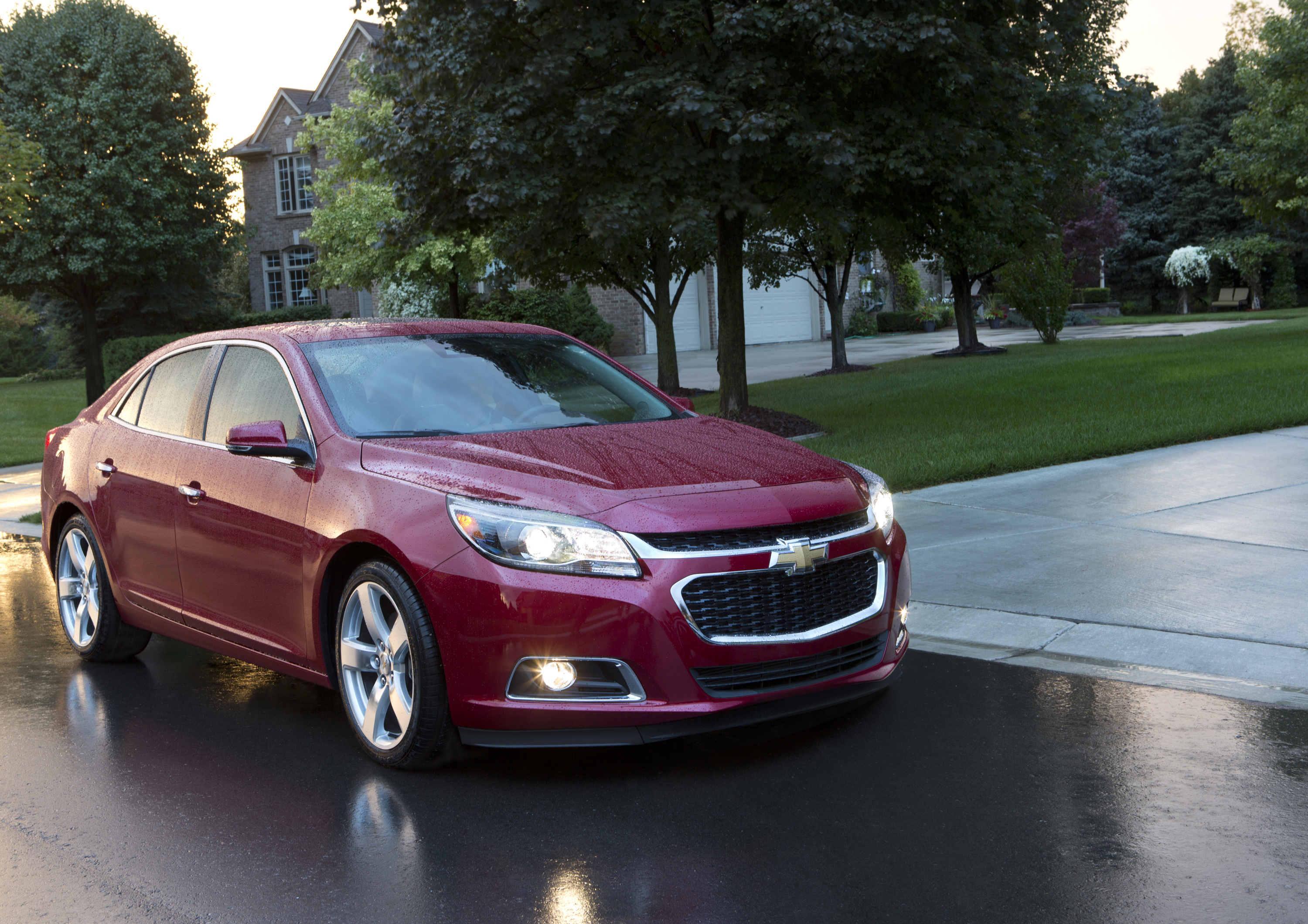 2014 Chevrolet Malibu 010 gm announces five safety recalls  at n-0.co