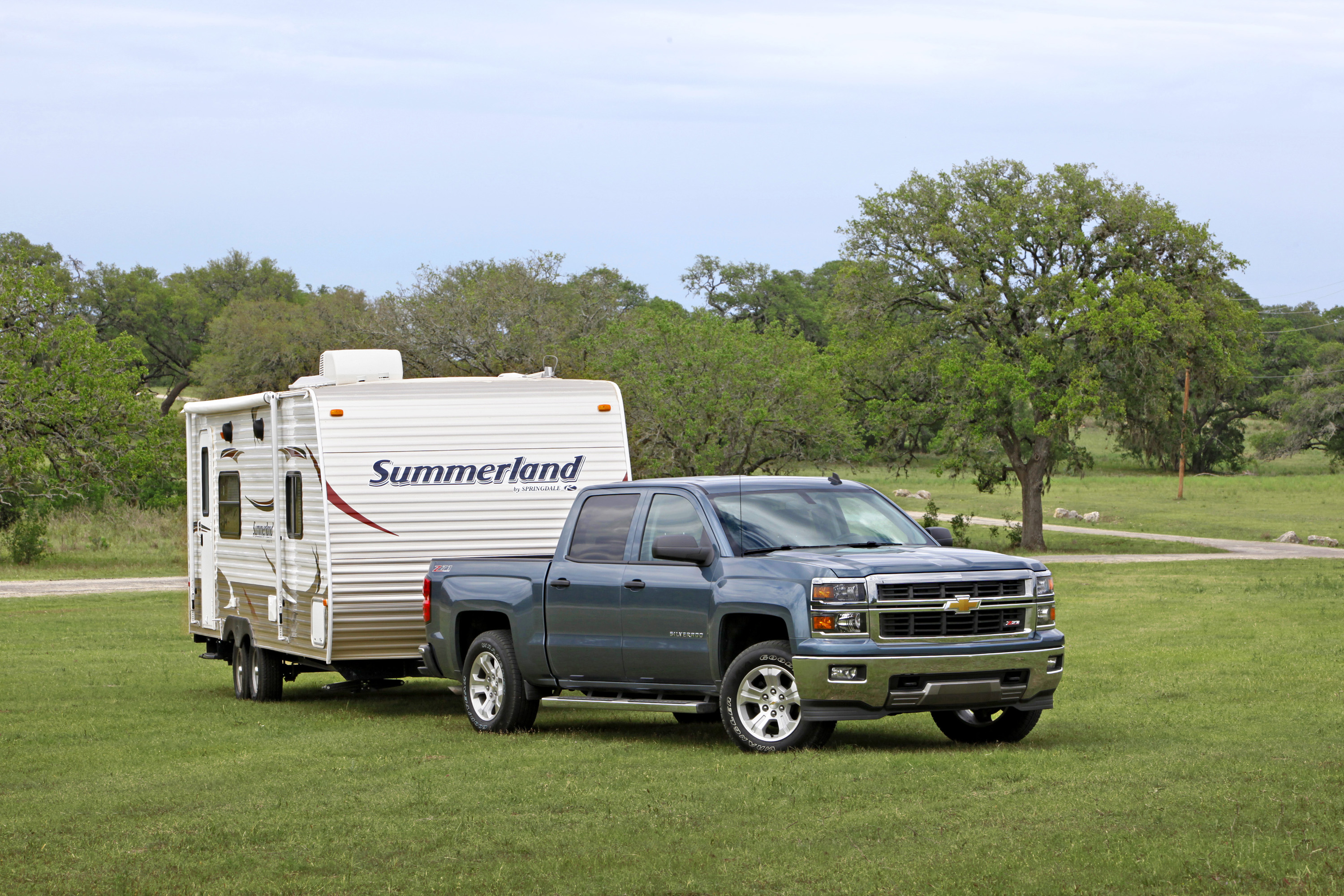 five reasons silverado v6 is the little engine that can 2014 Chevy Silverado Rear Bumper