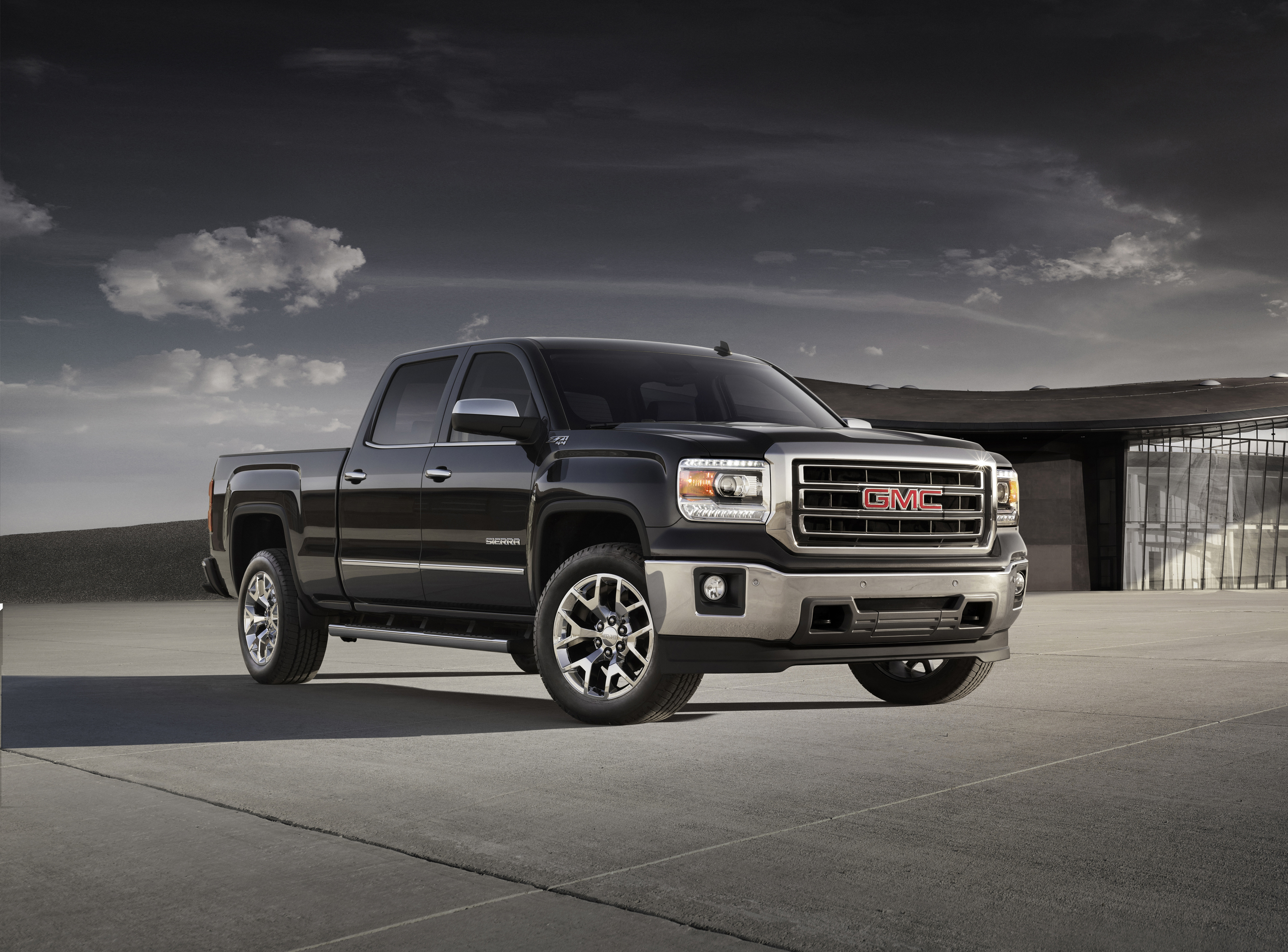 2014 Sierra Brings Bold Refinement To Full Size Trucks