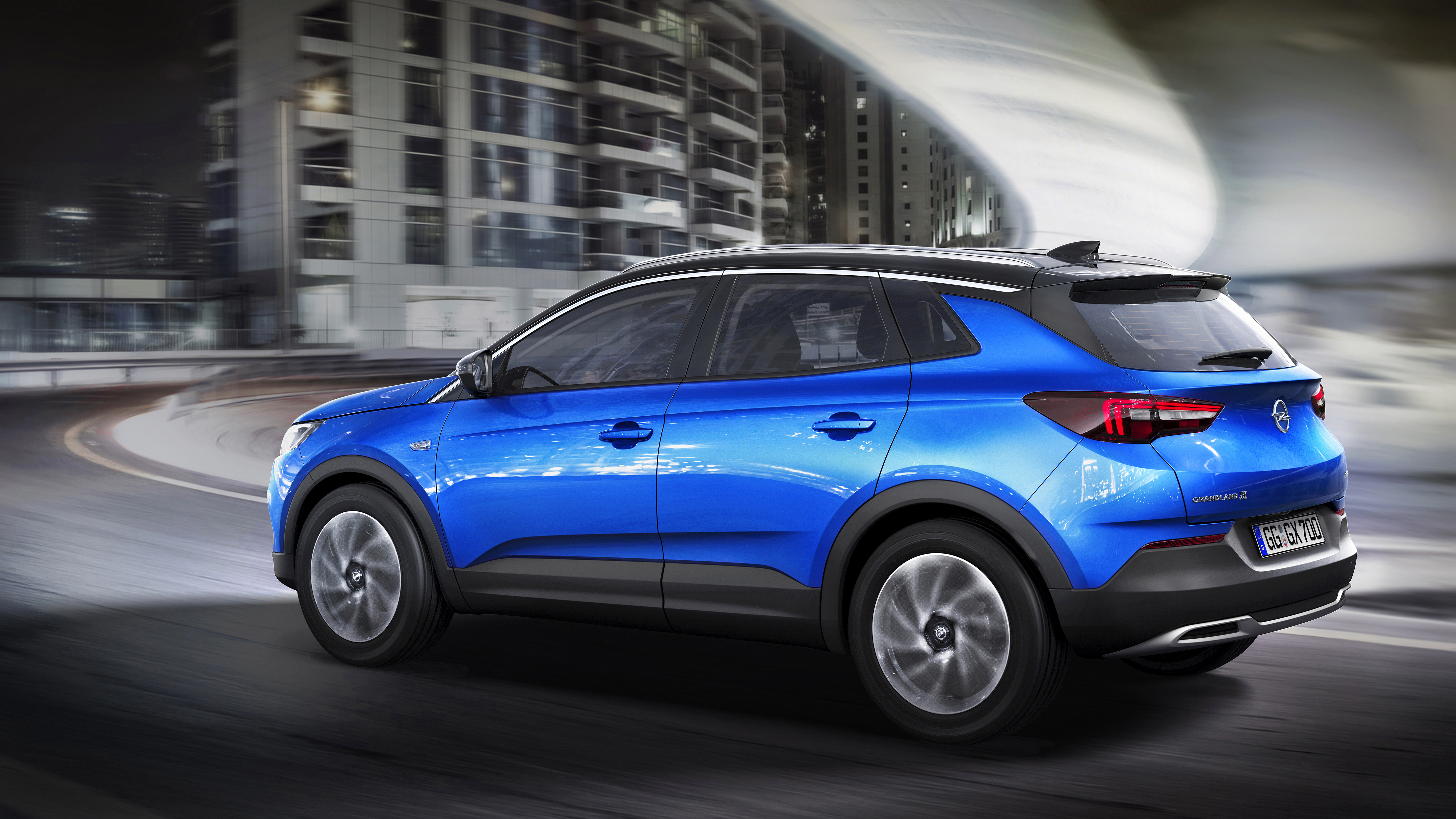 The New Suv Athletic And Adventurous Opel Grandland X