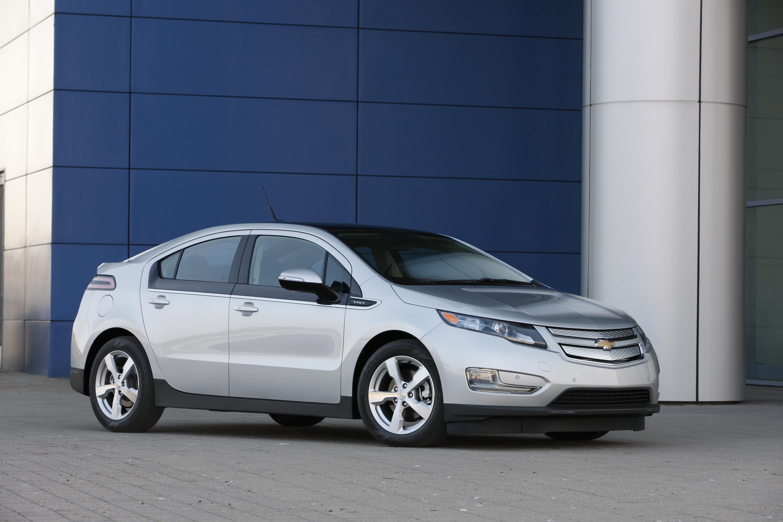 Kelebihan Chevrolet Volt 2012 Perbandingan Harga